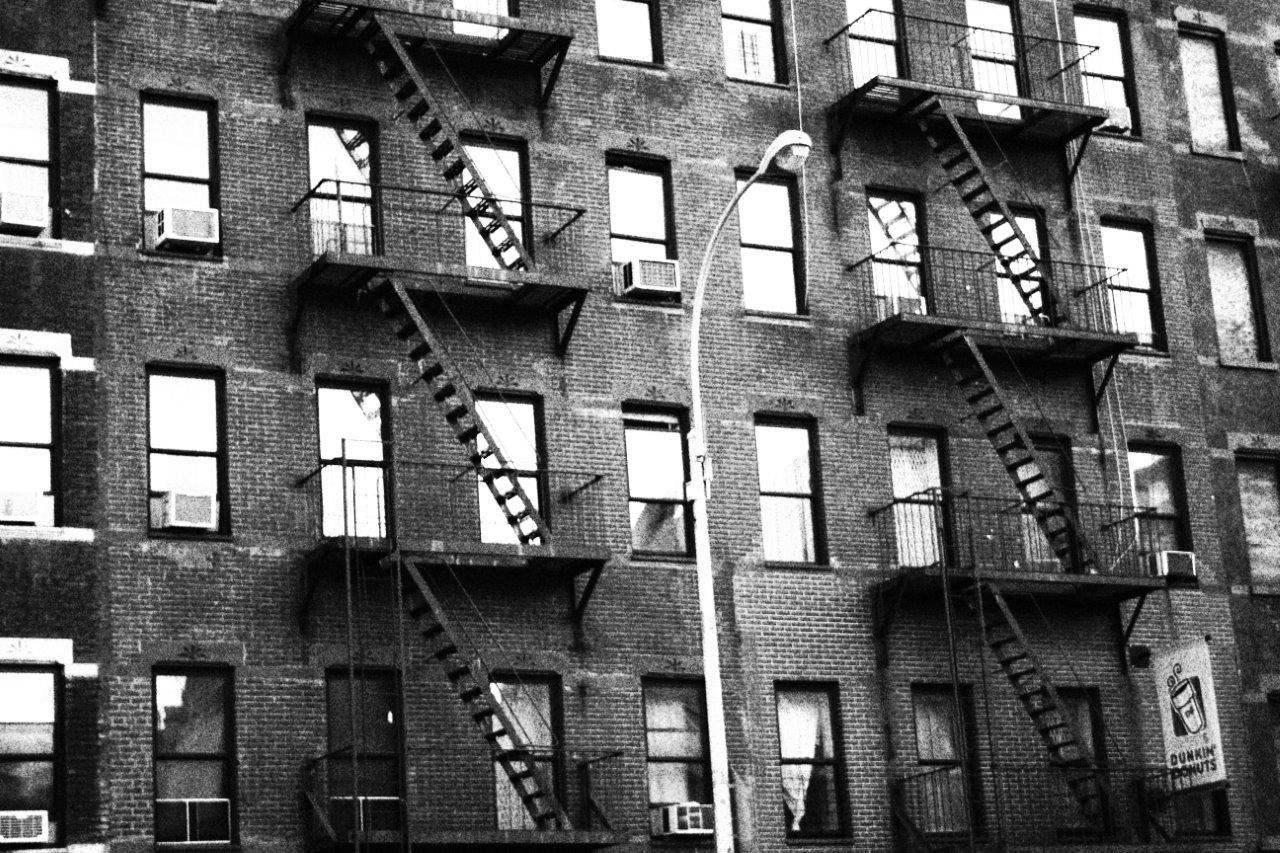 Las típicas escaleras exteriores, en Harlem
