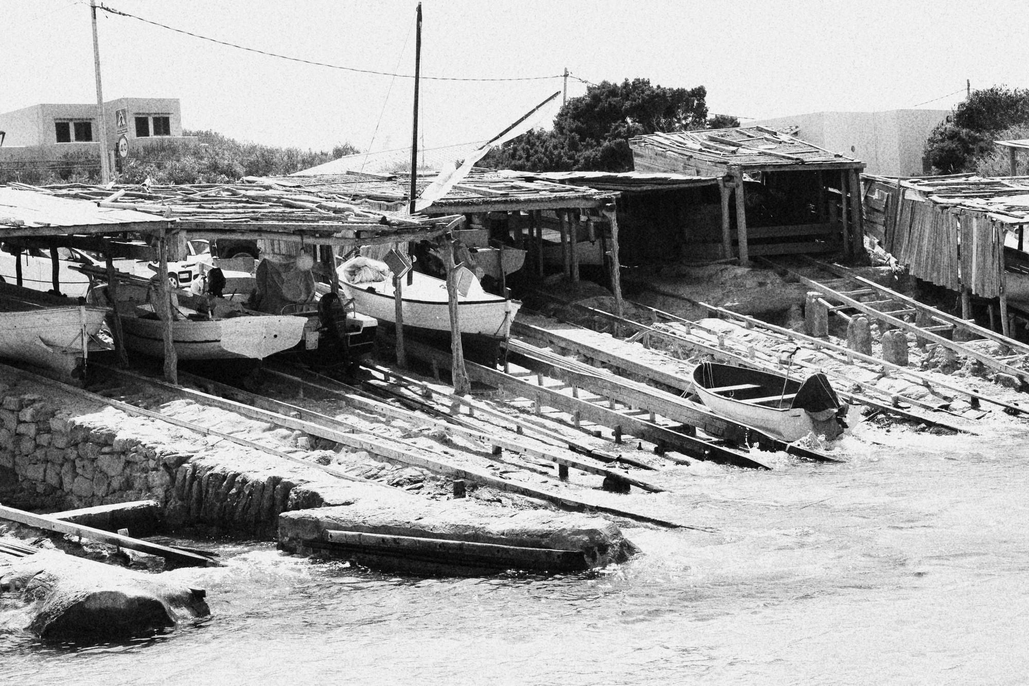 Embarcaciones de pescadores en Es Calo